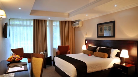 Cresta Thapama Hotel - Francistown - Room